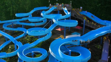cultus-lake-waterpark-waterslides-1